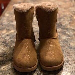 ❌SALE❌girls brown fur boots